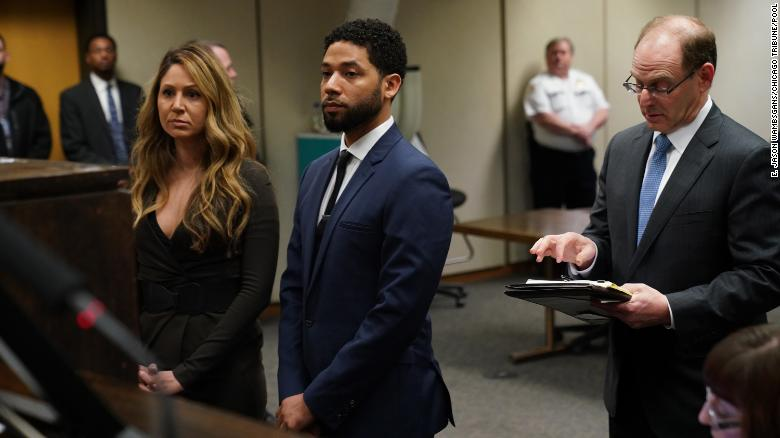 Jussie+Smollet+appears+at+a+hearing+for+judge+assignment+with+his+attorney+Tina+Glandian%2C+left%2C+at+Leighton+Criminal+Court+Building%2C+Thursday%2C+March+14%2C+2019.+%28E.+Jason+Wambsgans%2FPool%2FChicago+Tribune%29